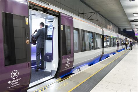 Is It Worth Catching The Heathrow Express? - Roaming Required